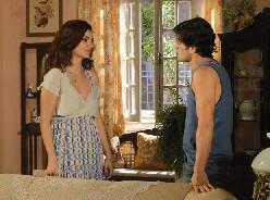 Armandinho rompe noivado com Desiree